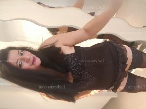Mariangela massage tantrique wannonce escorte girl au Plessis-Bouchard