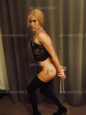 Carmina escorte massage